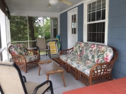 9 Screened Porch Overlooking Large Private Back Yard