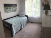 20 2nd Floor Bdrm with Twin Bed